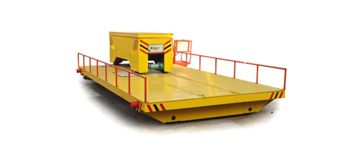 Easy operate hydraulic lifting track traverser